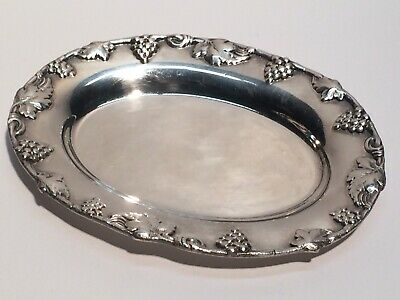 Vintage Revere Silver Co Small Oval Ladle Rest Plate Sculpted Grape Border