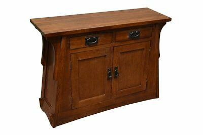 Arts and Crafts Mission Crofter Entry Cabinet made of solid Quarter Sawn Oak