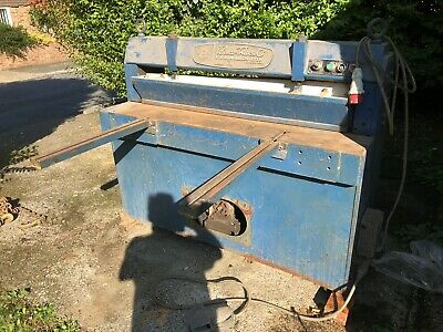 Edwards Sheet Metal Guilotine