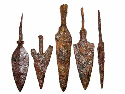 LOT OF 5pcs. ANCIENT IRON ARROW HEADS, WELL PRESERVED+++TOP CONDITION!!!