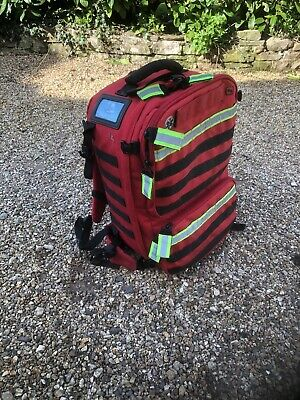 Paramedic PARAMED's rescue back pack. RED good condition