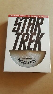 Star Trek (2 Disc Special Edition with Limited Edition U.S.S. Enterprise)