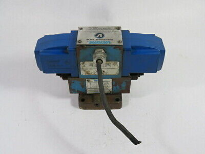 Vickers 400840-DG4S4-012C-WB-50 Directional Control Valve Assembly 4-Way  USED