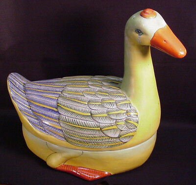 Vintage Chinese Export Goose Covered Tureen Very Good Condition