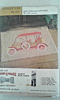 AUNT LYDIA'S #620 ANTIQUE CAR punch needle rug or wall hanging pattern canvas