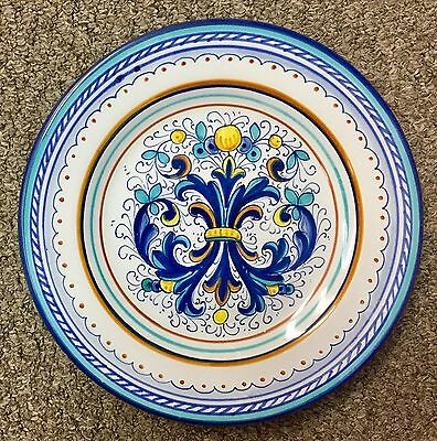 Deruta Pottery-9Inch Serving Plate Ricco Deruta-Made/painted by hand In Italy.