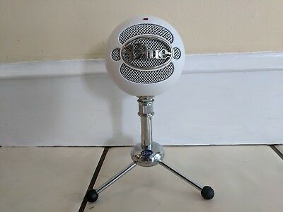 Blue Microphones Snowball Condenser Microphone - White