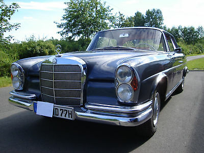 Exquisiter Oldtimer: Traumhaftes Mercedes 220 SEB Coupé v 1964, exclusives Auto