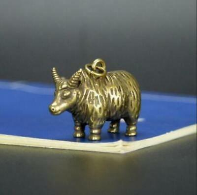 Chinese Old Collectibles Pure brass Zodiac cattle small pendant