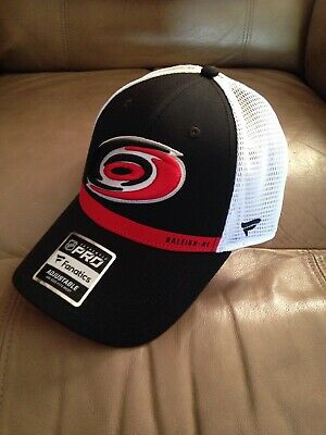 f0bf728a5 FANATICS BRANDED CAROLINA Hurricanes Youth Black Fundamental ...