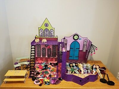 Huge Monster High Lot - Dolls, Clothes, Shoes & Accessories AS IS No Returns