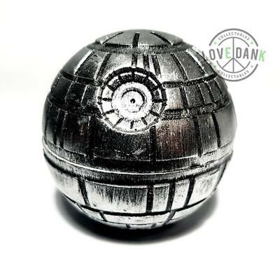 Star Wars Collectors 4 Part Pollinator Novelty Grinder with Shark Teeth
