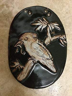 Pottery Tile With Bird Eating Worm (Kookaburra ?) - Signed Mary R