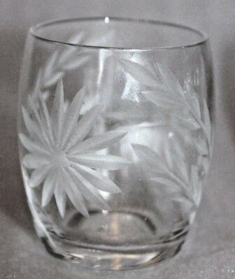 6 Beautiful Vintage Plomka Clear Cut Etched Glass Mini Crystal Glasses Leaves