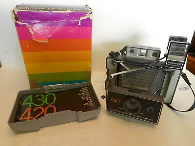 Vintage 1971-77 Polaroid Folding Automatic Land Camera Model 420 Manual & Flash!