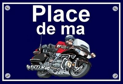 "plaque "" PLACE DE MA HONDA 1800 GOLDWING  ""  ( noire )"