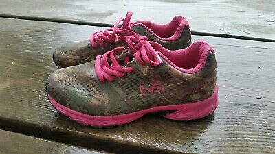 d95286e705729 REALTREE CAMO PINK Tennis Shoes Camouflage Youth Girls Kids size 13 ...