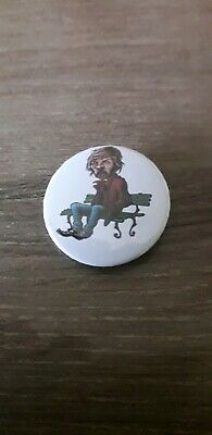 Badge 32mm Renaud caricature  n°14
