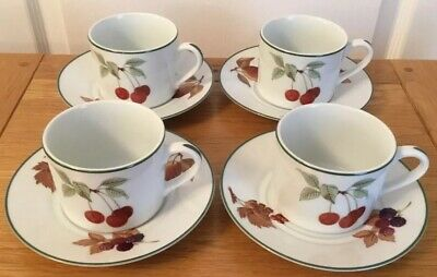 Royal Worcester Evesham Vale 4 Cups And Saucers Excellent