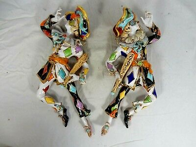 Beautiful pair pottery wall figurines Commedia dell`arte ITALY Perseo / San Polo