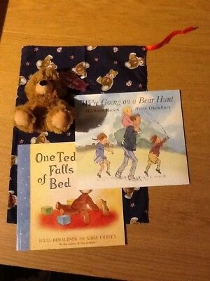 We're Going On A Bear Hunt Story Sack - Complete With 2 Books & Bear