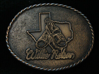 QK01158 VERY COOL VINTAGE 1970s *WILLIE NELSON* MUSIC COMMEMORATIVE BELT BUCKLE