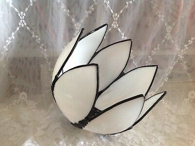 Vintage Art Nouveau Style Tiffany Slag Glass Water Lily Lampshade