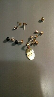 14K Gold Marked Items 3.9 Grams pendant and earrings