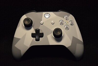 Microsoft Xbox One Wireless Controller Winter Forces Special Edition 1708 *USED*