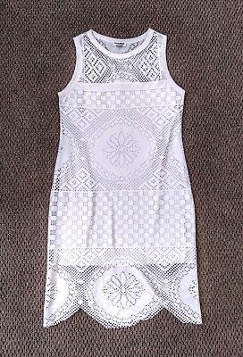 Vintage white crochet look sleeveless dress 10 - 12  excellent condition