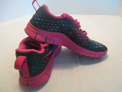 low priced 2ade3 afe41 Girls Free Express NIKE running shoes black pink multi color size 6y