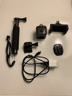 GoPro HERO4 Session Action Camera- W/ Extras!-Handle & 32gb SD card!