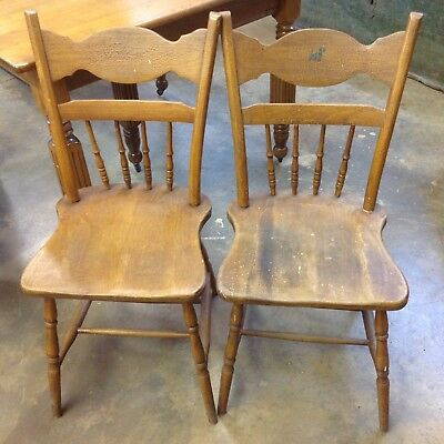 Unique Set 2 Antique Wood Chairs Farm Kitchen Dining SCOTTIE Dog Stencil Vintage