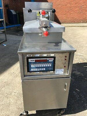 Henny Penny - Chicken Pressure Fryer ( GAS ) FREE UK Delivery