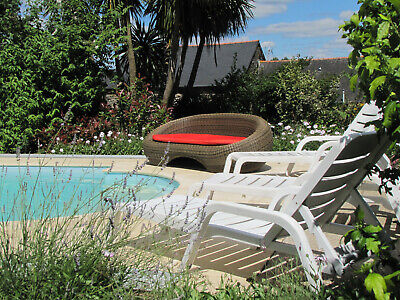 GITE COTTAGE HOLIDAY 2 people CENTRAL BRITTANY FRANCE WITH POOL £65 a night