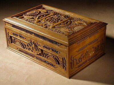Chinese Original Very Fine Carved Wooden Box c.1870-1900