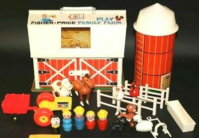 Vtg Fisher Price Little People Play Family Farm Barn 915 Complete Hex & Wood
