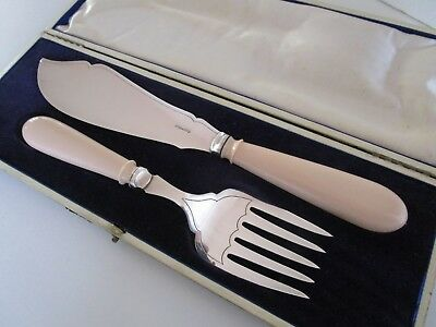 Cased Silver Plated Fish Servers, Cooper Brothers, Circa 1910