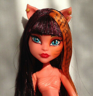 Monster High Doll Freaky Fusions Cleolei Doll with shoes