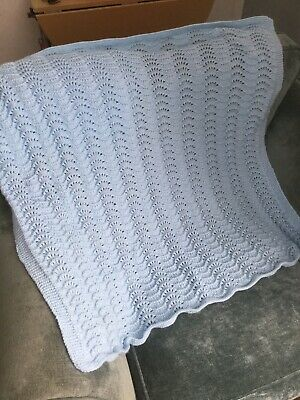 Beautiful Had Knit Lacey Baby Blue Baby Blanket 100x93 Cm Christening Shaw ?