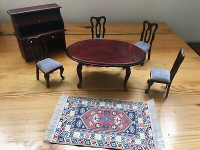 Dolls house miniatures, dining room furniture x 7 items, 1/12