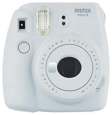 Instant Camera Fuji Instax Mini 9 Rauchweiß Incl. 20 Instax Photos + Batteries