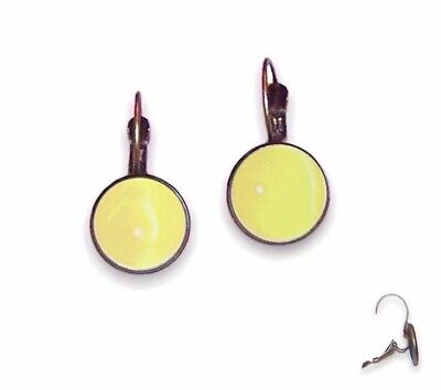 10mm Earrings Lever Backs - Antique Brass Setting & Pale Yellow Cat Eyes - Glass