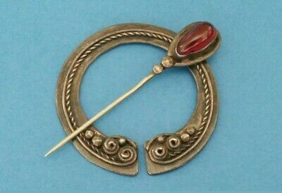 Antique Arts and Crafts c1900 Celtic Sterling Silver Beautiful Garnet Cloak Pin