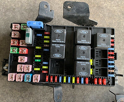 2002-2004 ford super duty excursion fuse box relay power block 2c7t-14a067-
