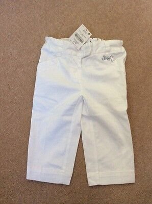 Next girl white cotton cropped trousers size 3-4 years NEW!