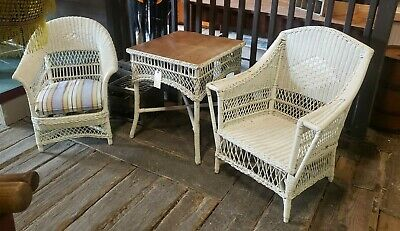 3 piece Vintage White Wicker Set