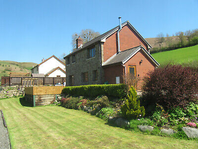 Beautiful MId Wales self-catering cottage, sleeps 6 guests