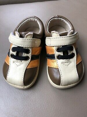 See Kai Run Boys Toddler 4 Beige/Light Brown Dress Or Casual Shoes