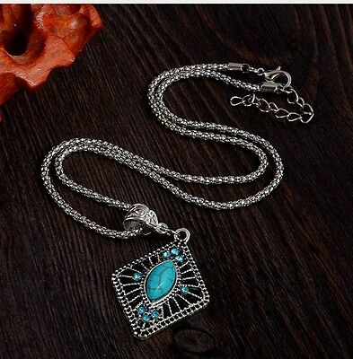 VTG Lovely Silver Tone Turquoise Necklace Jewelry pendant